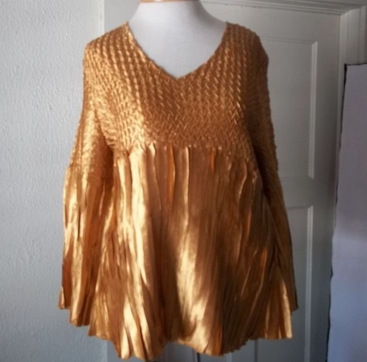 Gorgeous Gold Women's Top Magic Smocking Accordion Pleat Details Milano XL #Milano #Blouse #EveningOccasion