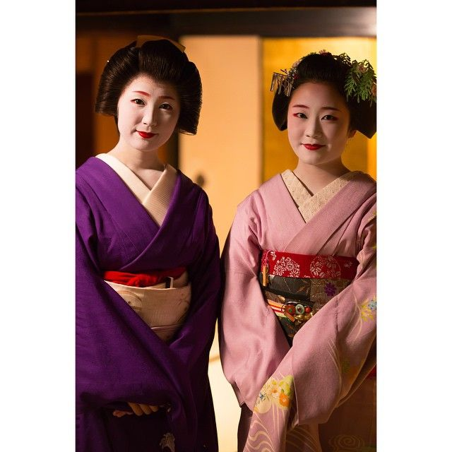 June 2015: geiko Sayaka and maiko Shouko of Gion Kobu by @ikey7o on Instagram