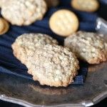 Crispy Chewy Oatmeal Cookies | Cookies and Cups