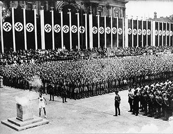 Pendant les quinze jours quont duré les Jeux olympiques de Berlin, en 1936, lAllemagne nazie a tout fait pour présenter au monde limage dun ...