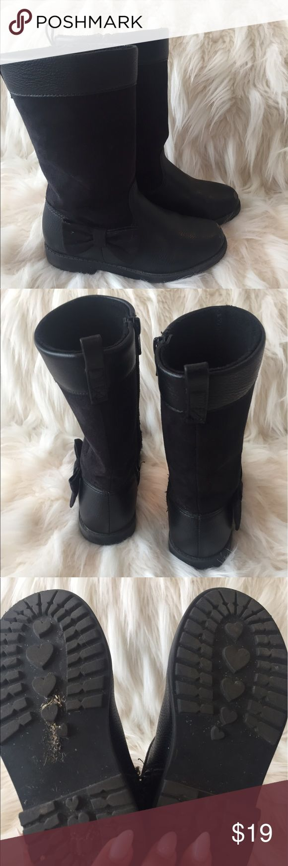 Toddler Girls H&M Boots Cute toddler girls boots, good condition. Some scuffing on the top of toes as shown in last pic. My girl runs and plays hard and loved these so I'm assuming they are comfortable, she just put grew! Home is smoke and pet free. H&M Shoes Boots