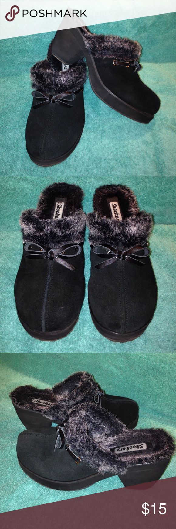 """Skechers Clogs Black Skechers Clogs. Size 7 with a 3"""" heel. Lined with black / silver faux fur. Excellent used condition. Skechers Shoes Mules & Clogs"""