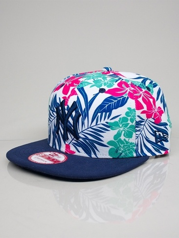 NEW ERA FLORICAL CONTRAST NEW YORK YANKEES Cappello Snapback - lt navy - rose - island green € 35,00 MORE INFOS: http://www.moveshop.it/ecommerce/index.php/it/articolo/47606/9032/FLORICAL%20CONTRAST%20NEW%20YORK%20YANKEES
