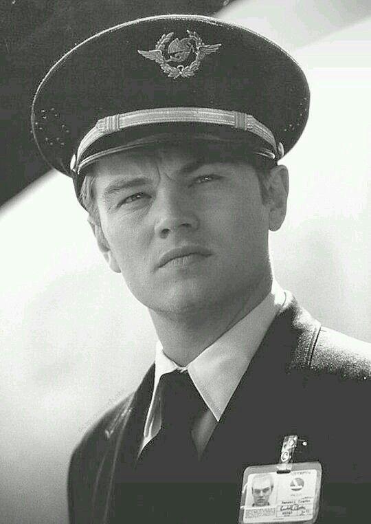 Leonardo DiCaprio as Frank William Abagnale Jr.