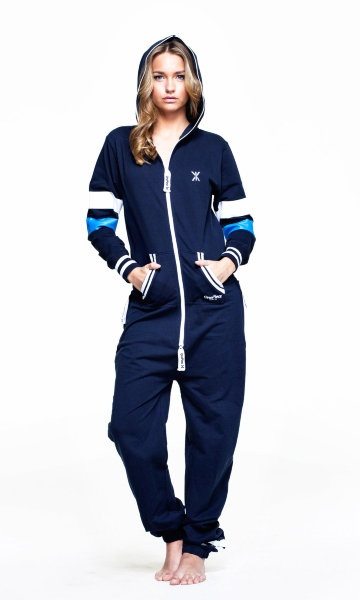 I want one. This looks comfy... OnePiece jumpsuit