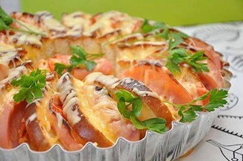 Φέτες ψωμιού στο φούρνο με γέμιση  ,μια ωραία ιδέα!!