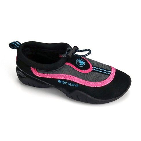 The Body Glove Riptide III toddler girls water shoes are a popular choice for kids who are enthusiastic about watersports. These water shoes offer a fun design and incredible value.