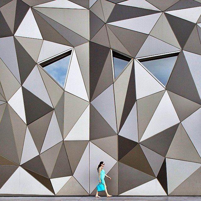 53 best architecture images on pinterest for Architecture geometrique
