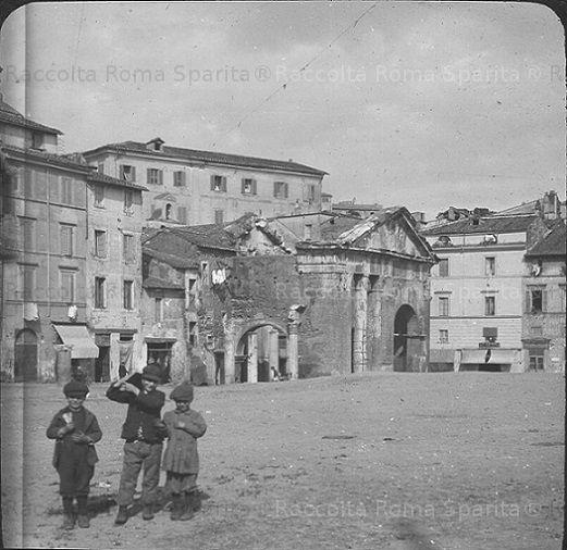 Portico d'Ottavia Anno: 1910 ca.