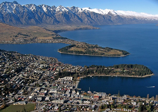 Queenstown in Winter,  That's winter, really?