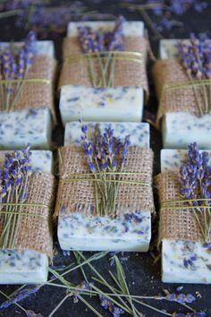 Gewusst wie: Lavendel-Honig-Zitronen-Seife herstellen