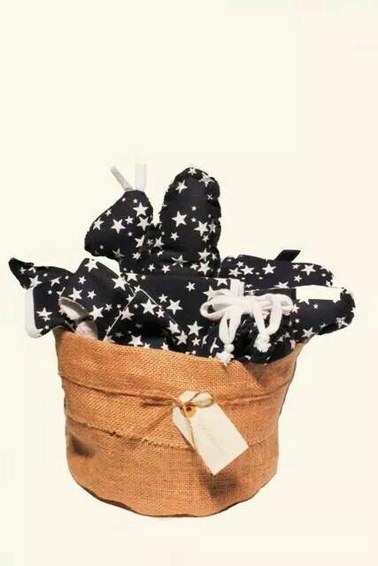 Canastillas para bebés, el regalo perfecto! Encontrarás más modelos en VRintela.com