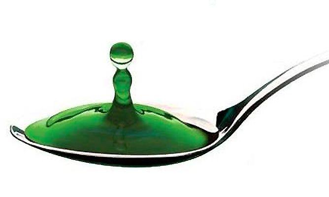 La molécula del CLOROFILA es químicamente similar a la sangre humana excepto que el átomo central es de MAGNESIO, mientras que la sangre es de HIERRO. Esta CLOROFILA se obtiene de la ALFALFA y el ACEITE DE MENTA le da una sabor agradable. Estimula la cicatrización. Evita la colonización bacteriana y tiene efecto desodorante en …