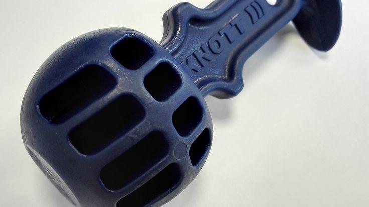 KNOTT safety ball – w trakcie postoju doskonale chroni zaczep przyczepy przed zabrudzeniem.