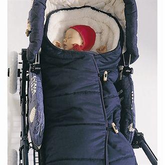 Sovepose/voksipose i økologisk uld/bomuld, navy Perfekt til de nye forældre. Denne pose er helt unik og er super i barnevognen eller klapvognen. Meget varm og blød med uld inderst og økobomuld yderst.