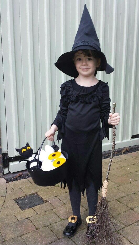World book day costume - Meg & Mog witch costume