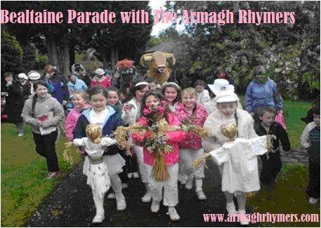 Siuloid Bealtaine, An Mhaigh, Ard Mhacha - Beataine Parade, Meigh, Armagh