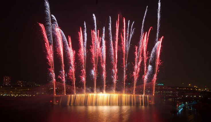 Fireworks off the new Tilikum Crossing Bridge.