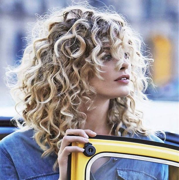 naturally curly hairstyles latest