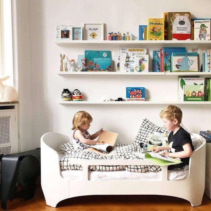 For et nydelig bilde av @cecepaul  Sengen er fra Leander - dansk design på sitt beste! Se mer via lenka i vår profil  babybanden.no #babybandeninspo #kidsliving #barnerom #kidsroom #barneromsinspo #børneværelse #barnerum #barneinteriør #kidsinterior #kidsinspiration #barnrumsinspo #babybanden #leanderfurniture #bunnyinthewindow