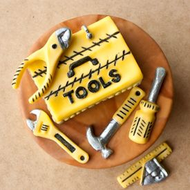 Manly TOOLS for a handyman person in your life... perfect for cakes or cupcakes. Tutorial included...