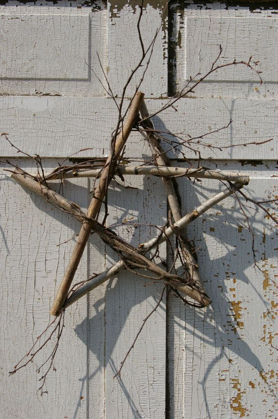 "Primitive Birch 5 Point Star Wreath 15""  wall art or door decor Organic Green"