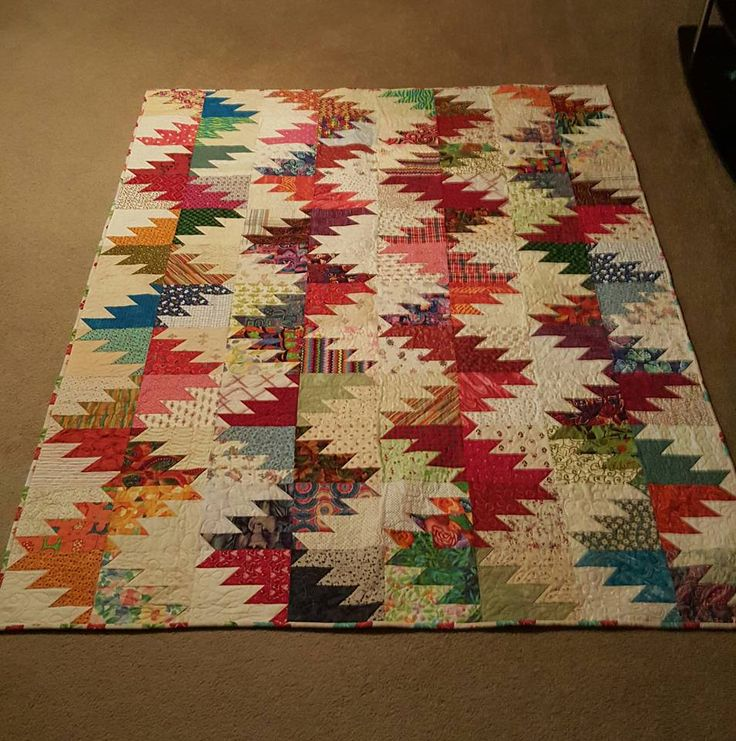 1000+ ideas about Scrappy Quilts on Pinterest Quilts, Scraps Quilt and String Quilts
