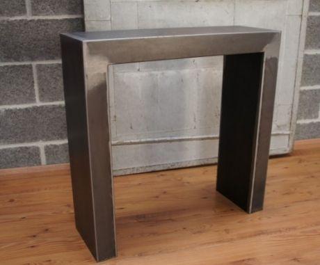 les 25 meilleures id es de la cat gorie console metal sur pinterest meuble tv en m tal table. Black Bedroom Furniture Sets. Home Design Ideas