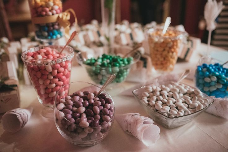 """Italian typical """"confetti"""" in different favors for our lovely couple from Scotland. www.weddingsinrome.com"""