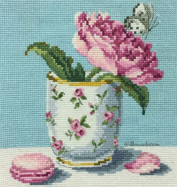 Cross stitch rose / Veronique Enginger
