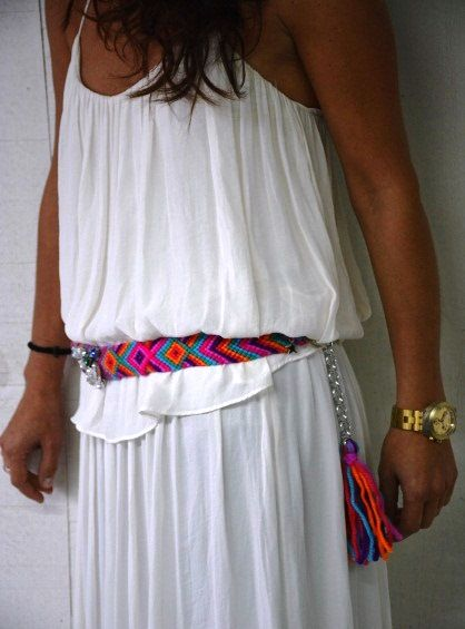 Ideal con vestido blanco