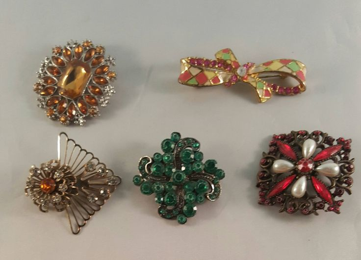 Brooch Lot,Vintage Brooch Lot,Brooch Jewelry,Assorted Brooch Pins by AllAboutVintageStore on Etsy