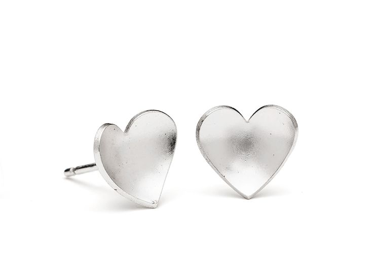 Junction Art Gallery - Leoma Drew eart Small Studs, silver £30.00 http://www.junctionartgallery.co.uk/artists/jewellery/leoma-drew/heart-small-studs