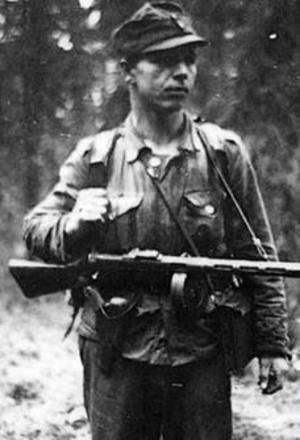 Mikko Pöllä (1916–1994) long range patrolman and Knight of the Mannerheim Cross, pin by Paolo Marzioli