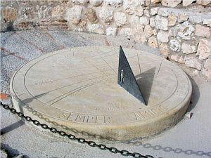 zegary sloneczne kamienne - Szukaj w Google