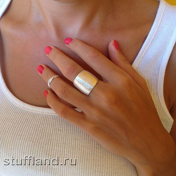 Серебряное кольцо на ногу Белая косичка