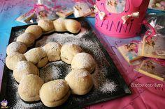 Pane a forma di numero, una idea simpatica e golosa per festeggiare i compleanno dei bimbi. Farcito con nutella o marmellata.