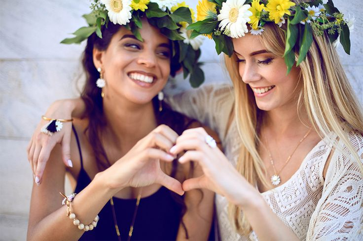 """Luli Art Bijoux -"""" A friend is what heart need all the time"""" AW15 Daisy Collection. #luliartbijoux #jewelry #daisy #handmade #friendship"""