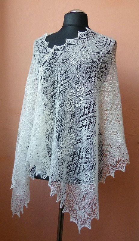 Hand knitted natural white Haapsalu shawl, traditional Estonian lace shawl- CUSTOM ORDER