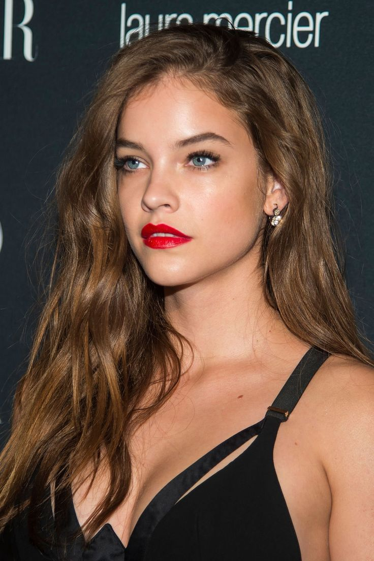 Barbara Palvin  Barbara Palvin  Barbara palvin Long hair styles Medium hair styles