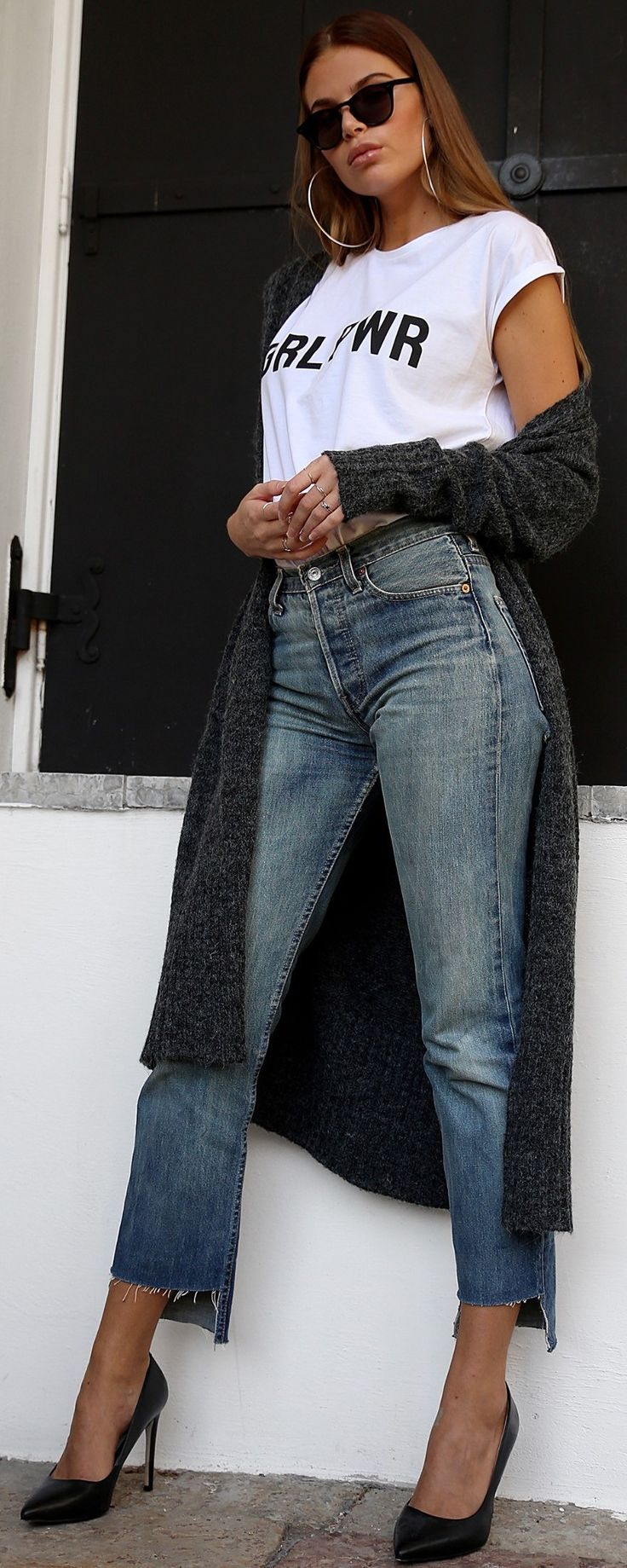 #fall #street #style | Grey Long Cardigan + Graphic Tee + Jeans