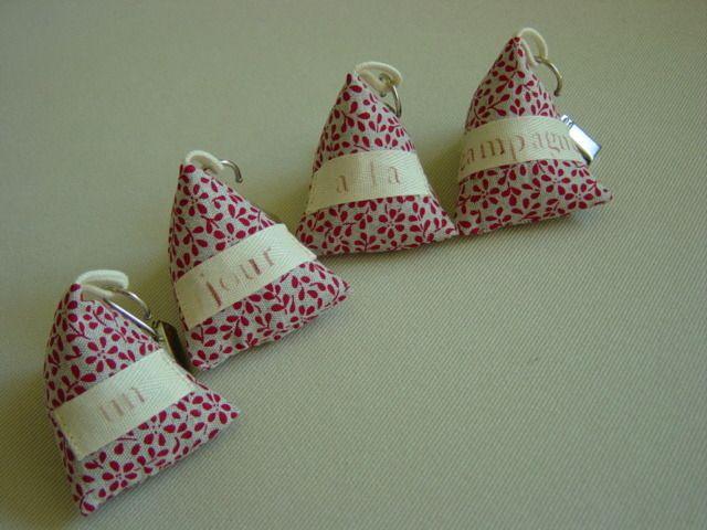 Poids de nappe berlingots, en lin imprimé, lot de 4 : Cuisine et service de table par mc-palf