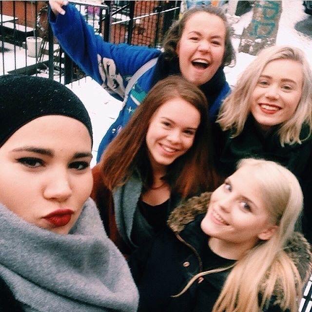 Skam girls #sana #vilde #eva #noora #chris