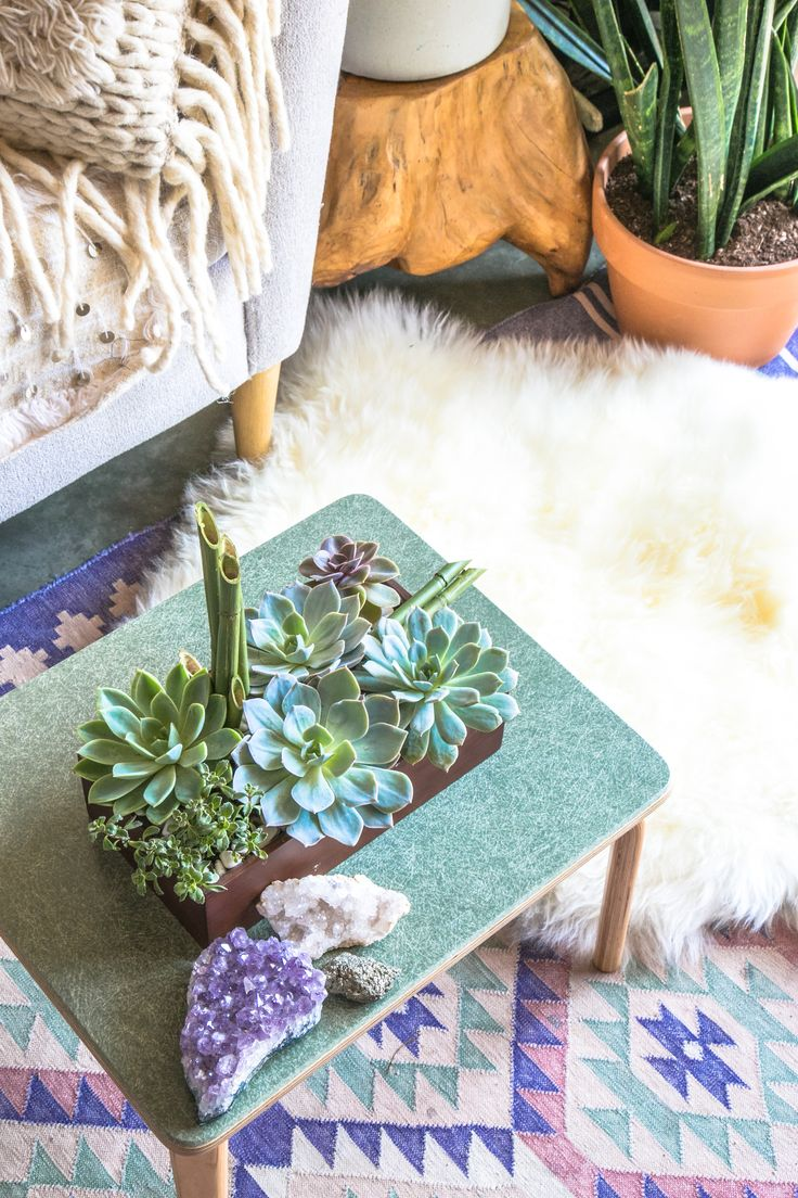 @justinablakeney's home is a perfect zen oasis - complete with @teleflora's Peaceful Zen Garden