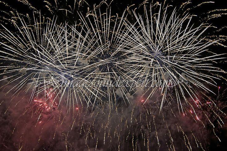 https://flic.kr/p/GsejHA | bucuresti 555 artificii | bucuresti 555 artificii