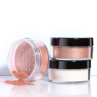 Lunar Dust - Youngblood Mineral Cosmetics. Shimmering highlights for the skin.