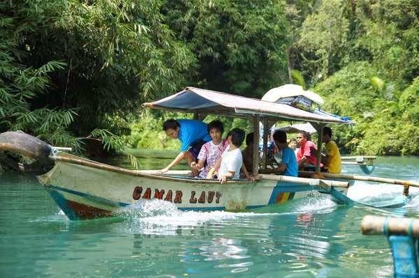 perahu jemputan body rafting