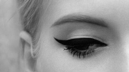 Image via We Heart It https://weheartit.com/entry/121340674/via/8562765 #blackandwhite #eye #makeup #mascara