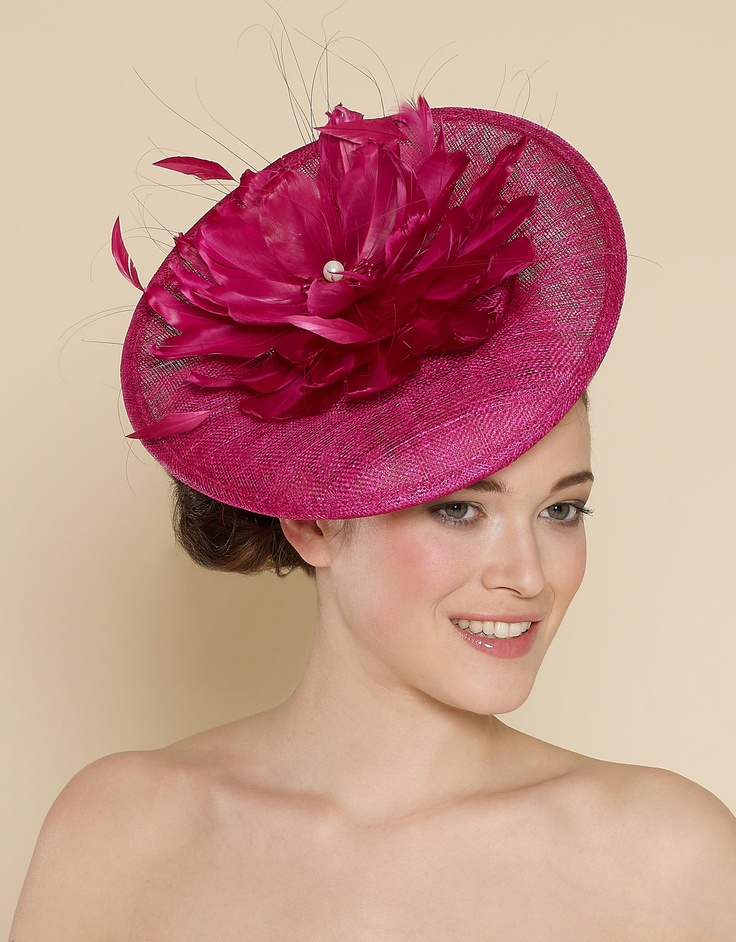 A pretty pink floral disk fascinator from Accessorize.