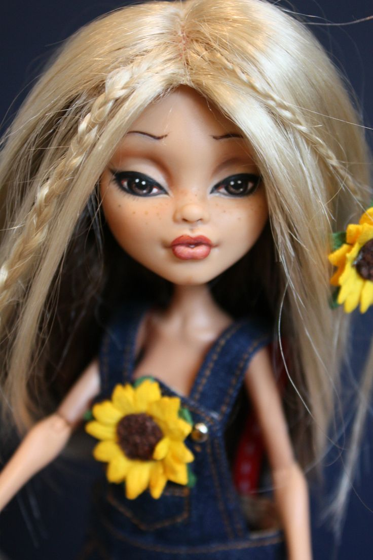 "OOAK Custom Monster High Doll Repaint with Outfit ""Flower"" by Artist Sashableu 